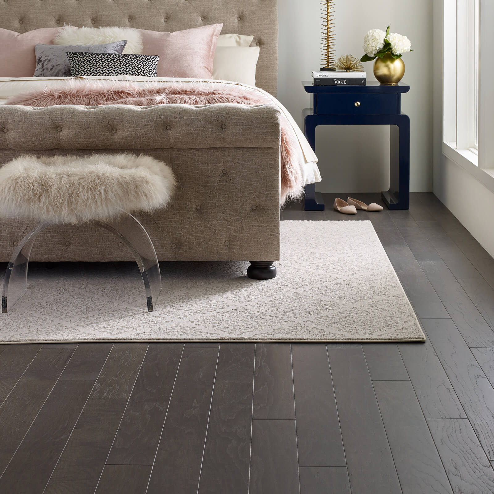 Greystone Chateau Fare Urban Glamour Bedroom Rug