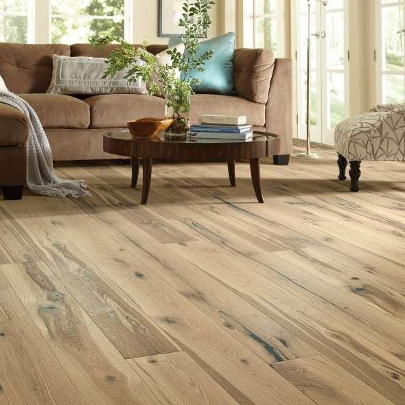 Hardwood flooring | Staff Carpet